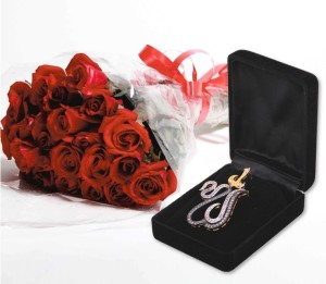 Bouquet and Pendant, Gift combos, Send gifts online in Pakistan, Online gifts in Pakistan
