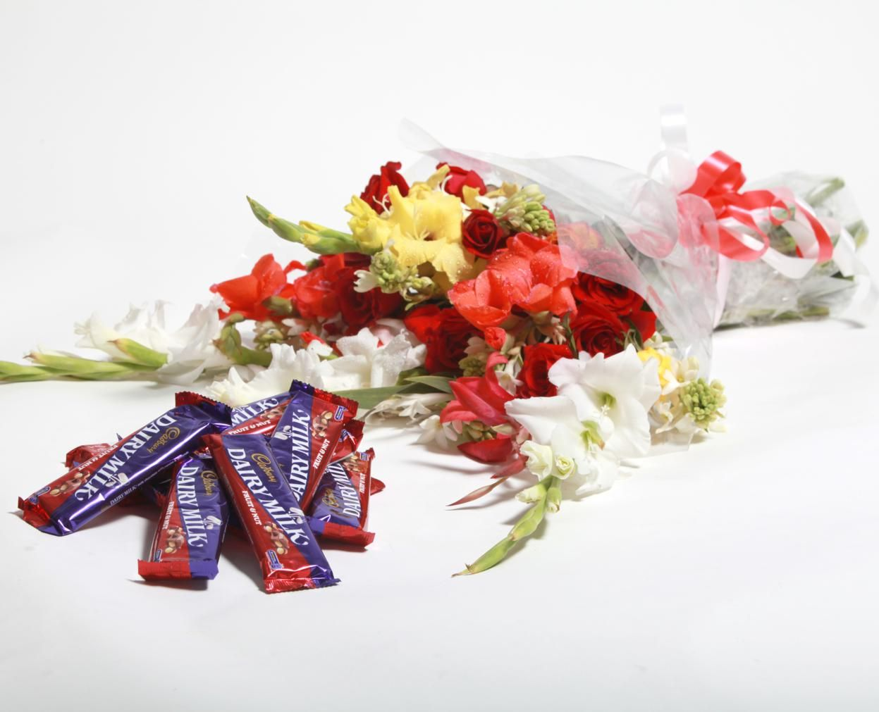 Medium Bouquet with Cadbury 24 Pcs