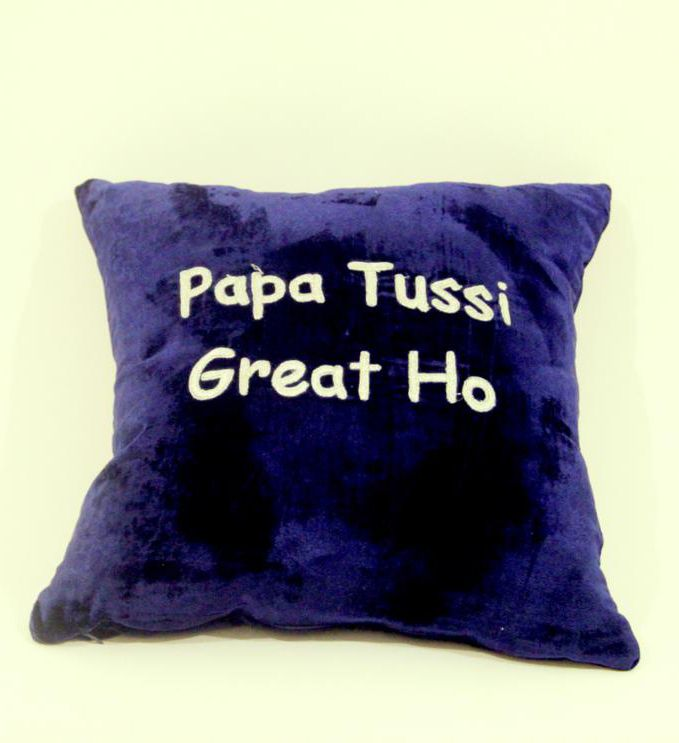 Papa Tussi Great Ho Pillow
