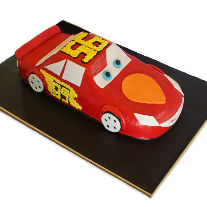 Lighting Mcqueen Cake