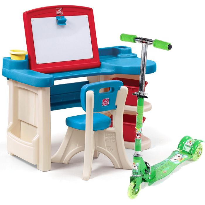 Studio Art Desk With Scooty