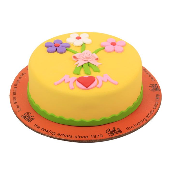 Floral Cake For Mom by Sachas Bakery