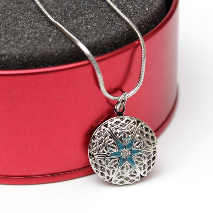 Star Locket with Chain