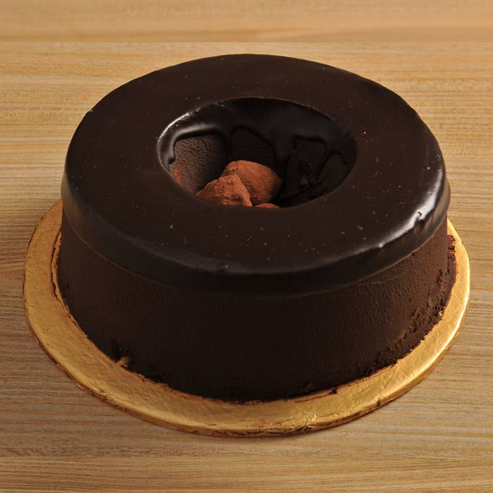 Chocolate Truffle Ring Cake from Pie in the S
