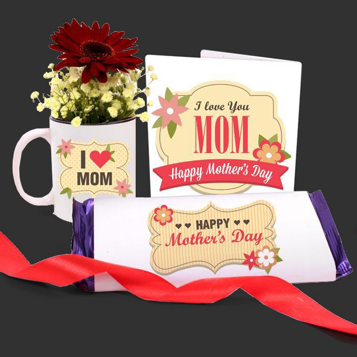 I Love U Mom Mug with Chocolate & Card