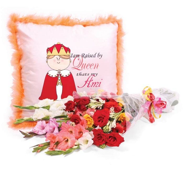 Queen Ami Cushion with Bouquet