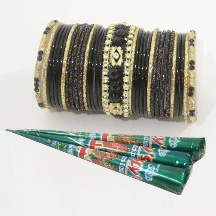Jhil Mil Choori Set With Mehndi Cones