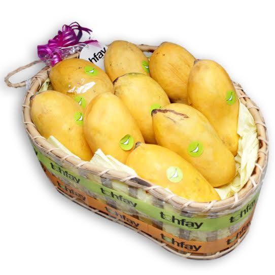 Laangra Aam in a Mango Shaped Cane Basket