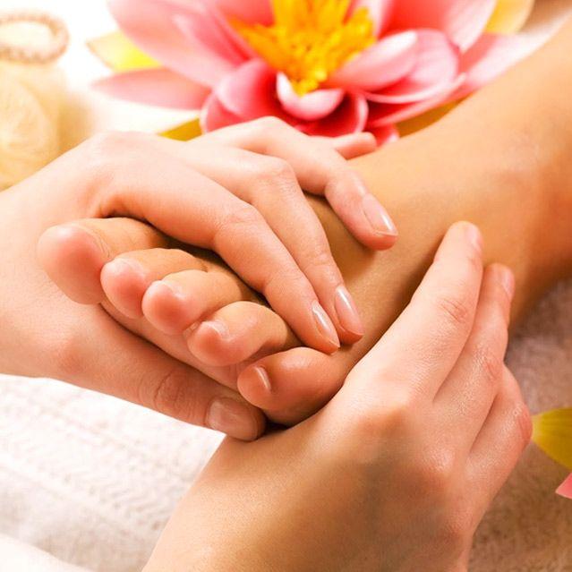 Thai Foot Massage At The RainTree Spa