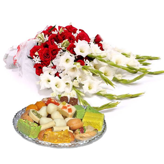 Medium Bouquet With Mix Mithai