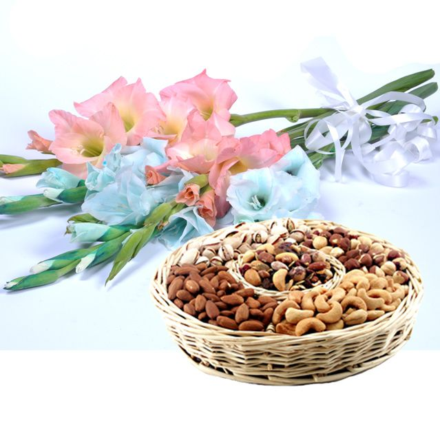 Dry Fruit Basket With Glads