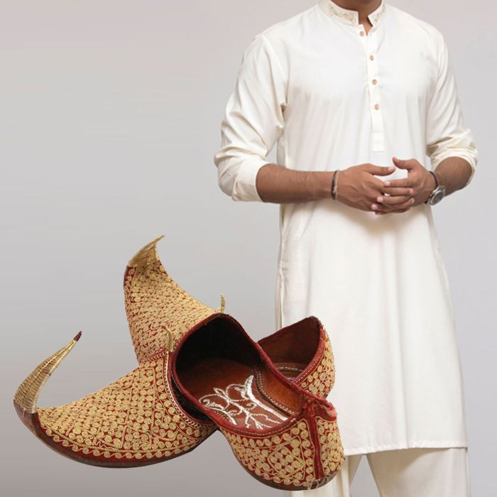 Kurta With Khussay