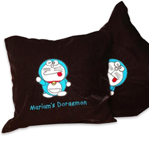CUSHION WITH CHARACTERS