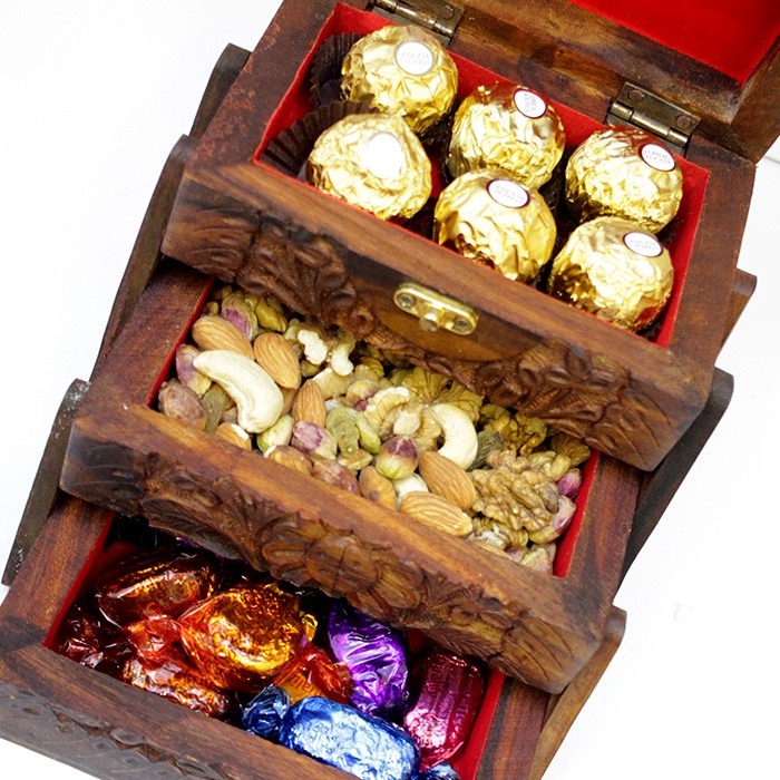 Chocos & Dry Fruits in 3 Tier Box
