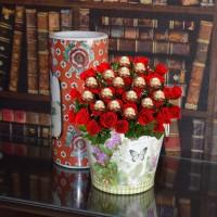 Premium Rocher Roses Bucket