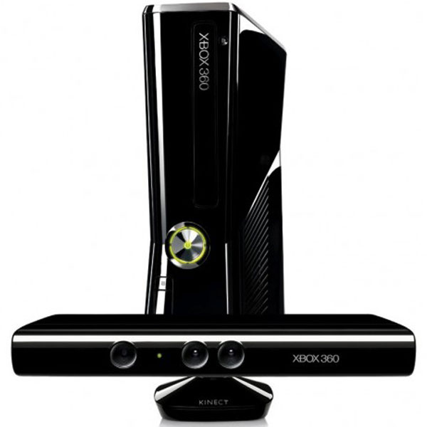 X Box 360 4 GB With Kinect Bundle